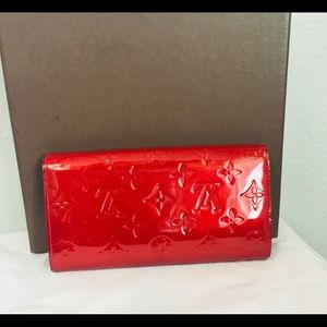 97076fabfc49 Louis Vuitton Bags - Louis Vuitton Red Patent Leather Wallet